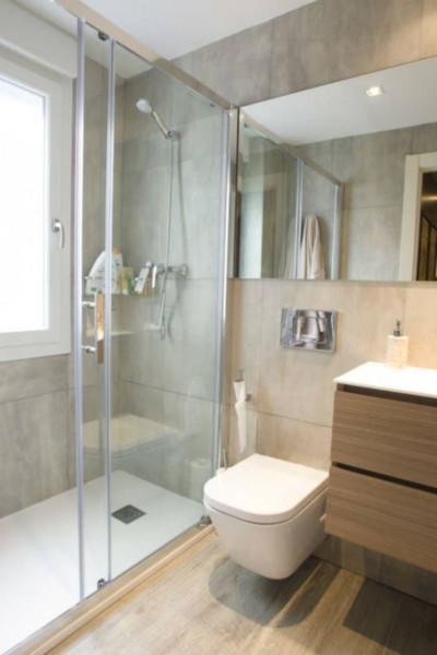 Baños modernos para departamentos pequeños